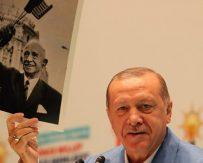 Başkan Erdoğan, İsmet İnönü'ye karşı